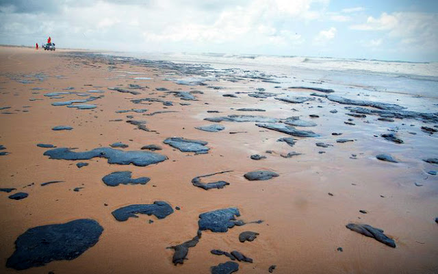 Manchas de óleo nas praias