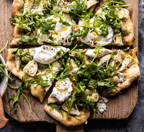 Artichoke Pesto and Burrata Pizza with Lemony Arugula #vegetarian #veggies