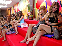 Corona Mewabah, Para PSK Banting Harga