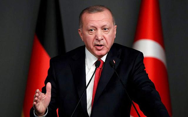 Τουρκία: Ο Ερντογάν έκλεισε πανεπιστήμιο που ήταν συνιδρυτής ο Νταβούτογλου