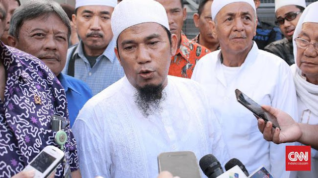 PA 212 Sebut UAS Dampingi Prabowo adalah Keinginan Allah