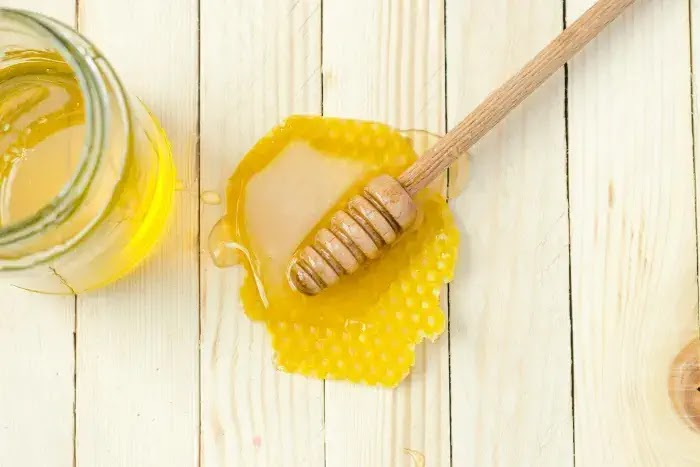 manfaat madu untuk kecantikan kulit dan wajah
