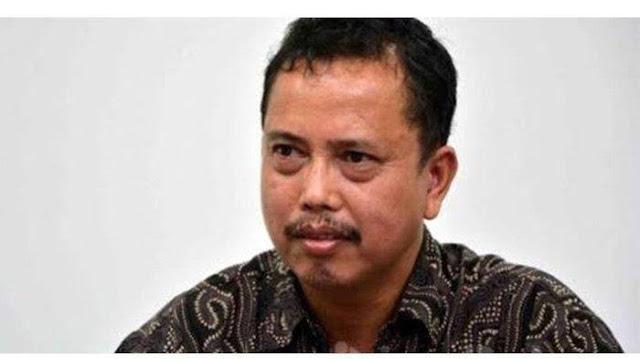 SIARAN PERS IPW: Presiden Jokowi harus segera mencopot Kapolri Jenderal Idham Azis dan Kabaintelkam Polri Komjen Rycko Amelza, sehubungan terjadinya kasus penembakan yang menewaskan enam anggota FPI di Tol Cikampek, Jawa Barat pada Senin 7 Des 2020 subuh.