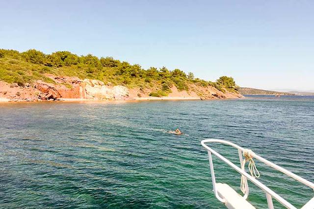 Ayvalık'ın mis kokulu adası Pınar Adası'na Rumlar Moshonisi derlermiş.