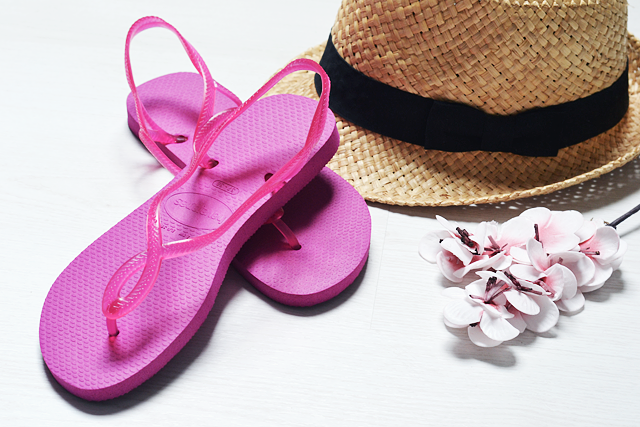 Summertime with havaianas