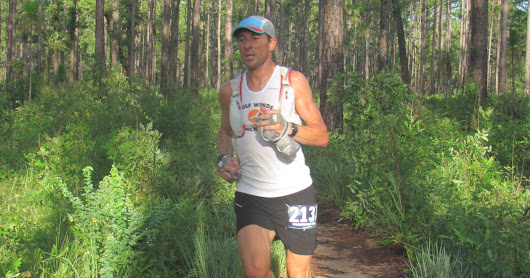 Vince Molosky and Emily Molen open the Summer Trail Series with Munson Hills wins