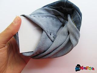 fondo del cestino di jeans resistente con il cartone