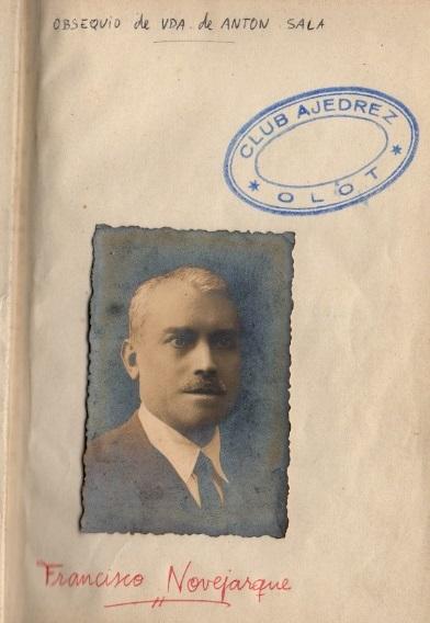 Foto de Francisco Novejarque en el libro de su hermano Ángel