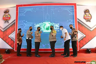 Kapolda Jateng Launching Program QRIS Cashles Polres Magelang dan SKCK Door to Door