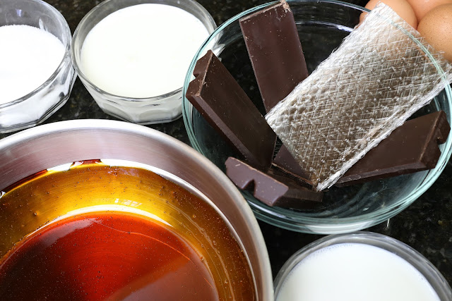 Ingredientes para chocoflan de huevo