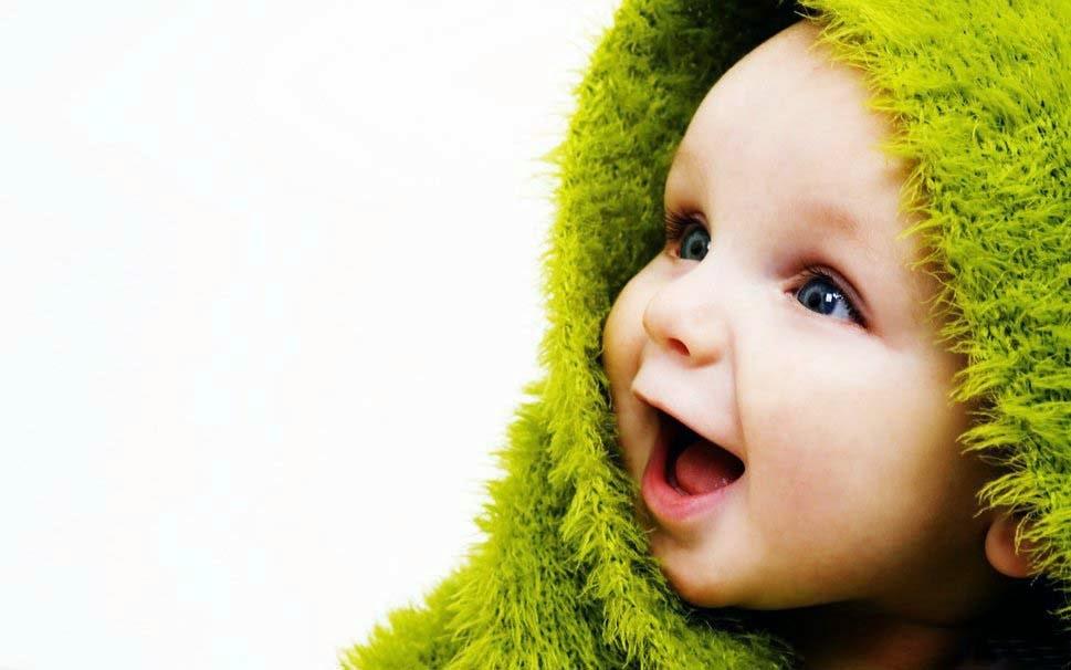 küçük-şirin-güzel-bebek-görüntü