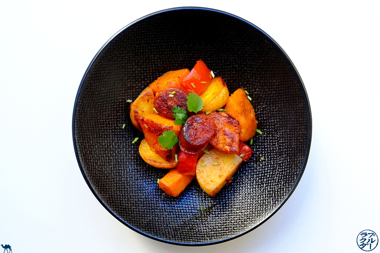Le Chameau Bleu - Blog Cuisine et Voyage - Recette d'une poêlée espagnole au Chorizo Poivron et Potimarron