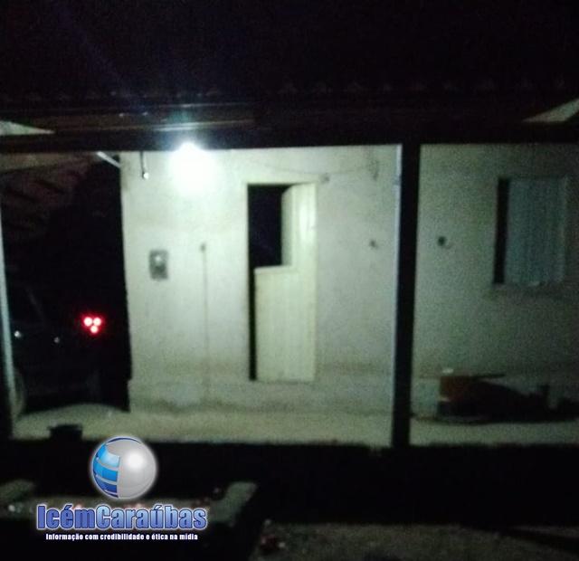Criminosos invadem residência e matam homem a tiros na zona rural de Campo Grande, RN