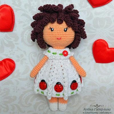 Вязаная куколка Зара