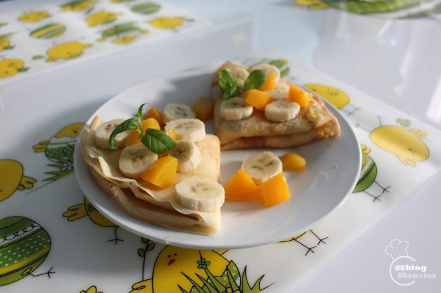 Naleśniki z kremem mascarpone i owocami