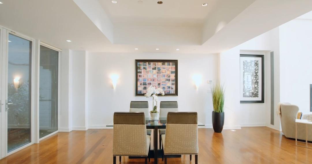 16 Photos vs. 260 W Broadway #1/2C, New York, NY Interior Design Tour