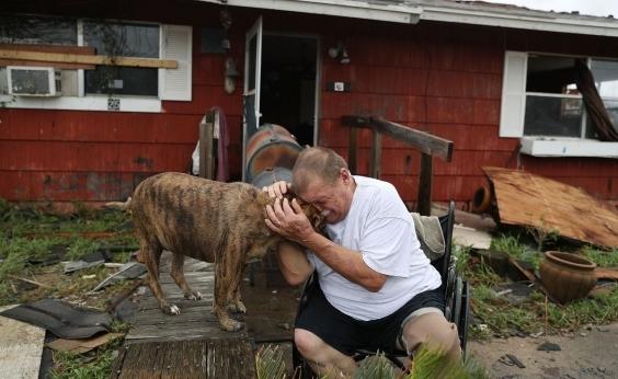 Furacão Harvey: sobe para seis o número pessoas mortas nos EUA