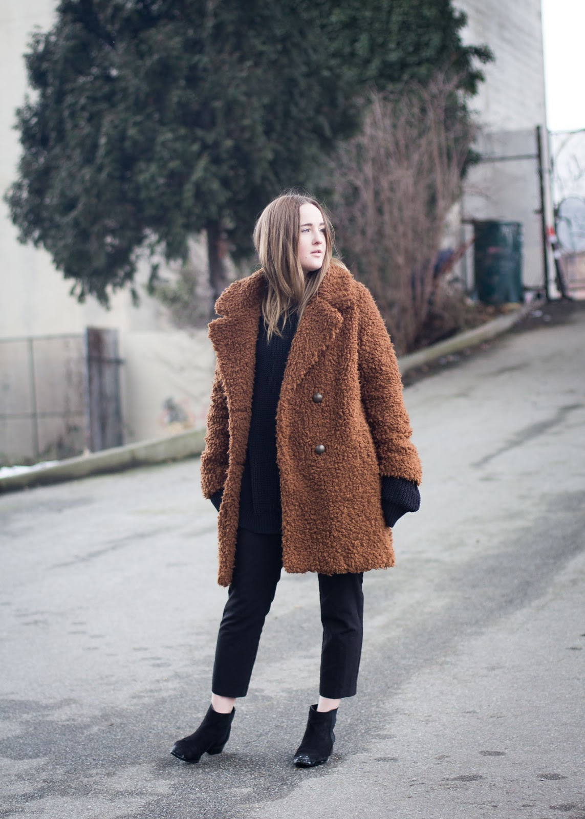 new winter sherpa coat -  Forever 21 - sale season - Vancouver Fashion Blogger