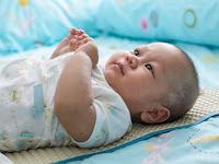 Ternyata Tidur Menggunakan Bantal Sangat tidak disarankan karena Berbahaya Untuk Bayi