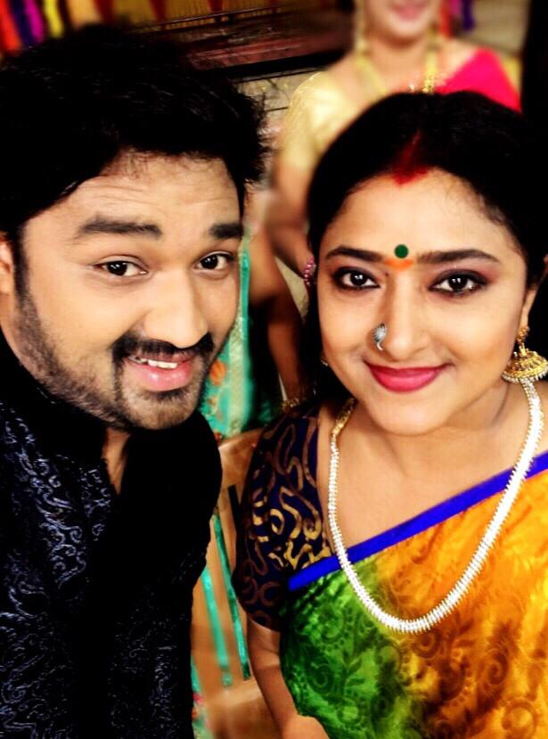 Tamil Serial Beat: Priyamanaval Serial Cast Actor Actress Real Names