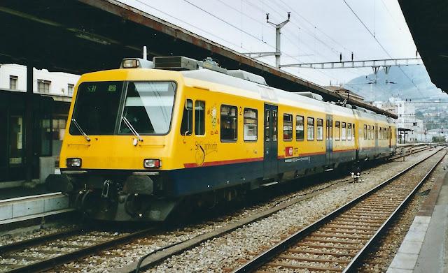 поезд в Черногории