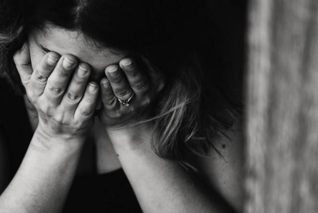 Αλλοδαπός  αυνανιζόταν βλέποντας ανήλικο κορίτσι στην Παλαιά Φώκαια