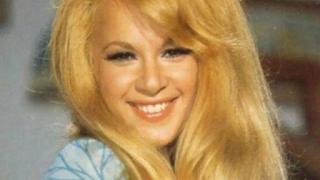 Αλίκη Βουγιουκλάκη: Ήξερες ότι έγινε κούκλα το 1967 με τρελές πωλήσεις; ΕΙΚΟΝΕΣ