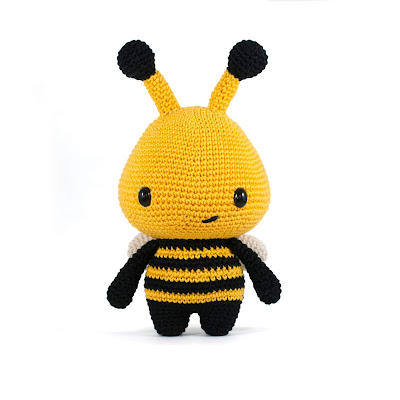 bee crochet toy pattern