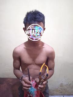 Seorang Remaja diamankan Polres Pelabuhan Makassar dikarnakan membawa Busur