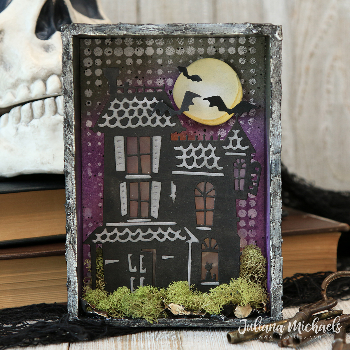 Halloween Haunted House Vignette | Tim Holtz Haunted Thinlits Die ...