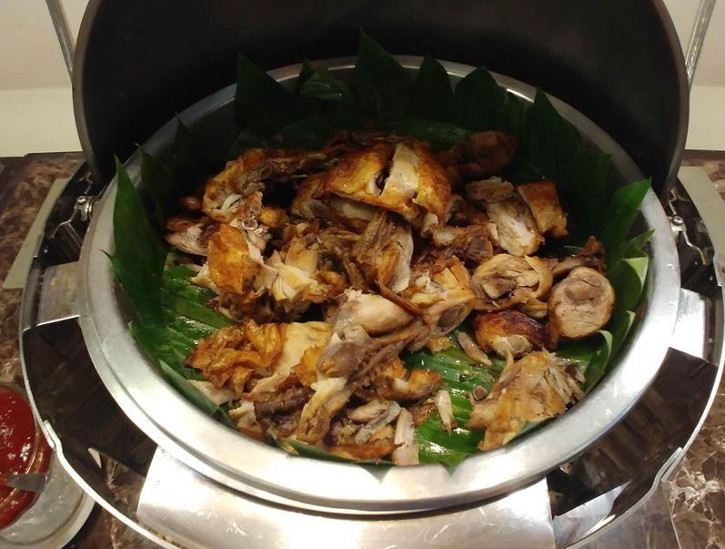 Fried chicken at RSM Lutong Bahay