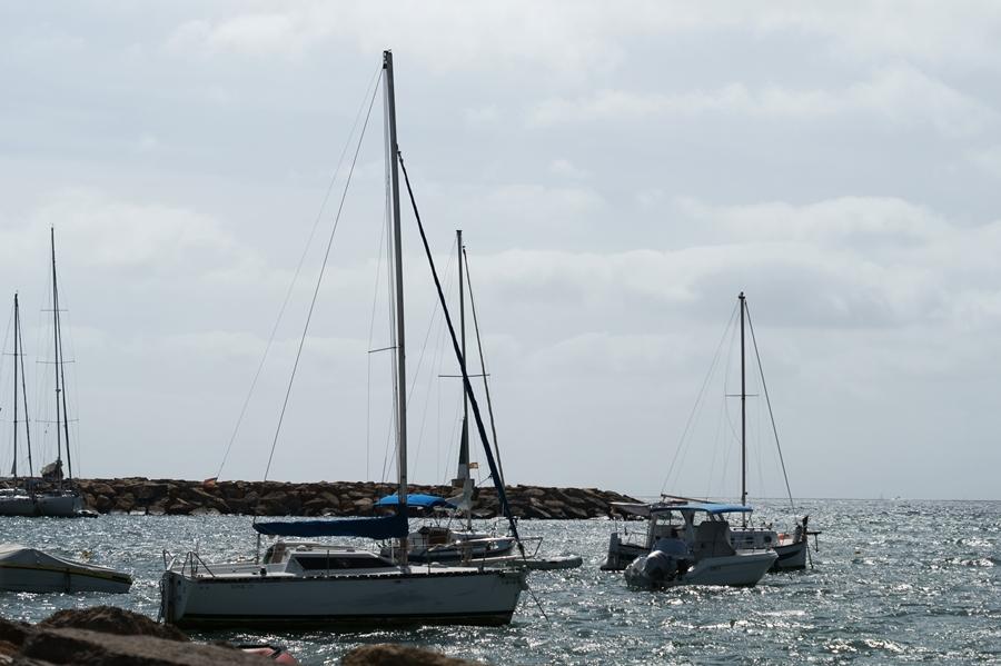 Blog + Fotografie by it's me! - Reisen - La Isla Blanca Ibiza, Santa Eularia - Yachten in der Bucht