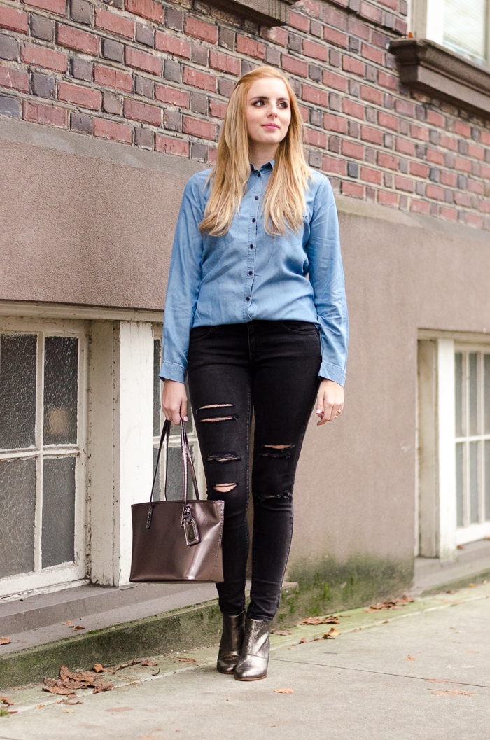 Chambray Shirt Outfit Idea