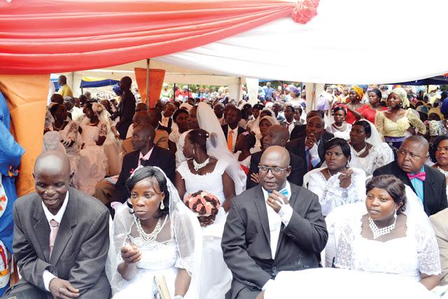 mass wedding catholic church jos