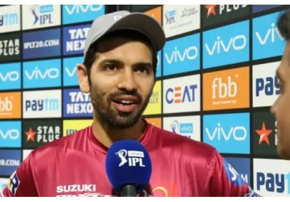 नम आंखों से पूर्व भारतीय विकेटकीपर नमन ओझा ने क्रिकेट से लिया संन्यास, कही ये बात