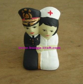 Souvenir Boneka Polisi Perawqat
