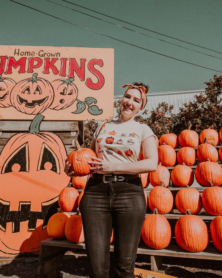 Pumpkin picking outfit — Etsy Pumpkin shirt — Cute pumpkin patch outfits — fall pumpkin patch outfits — Cute outfits for pumpkin patch