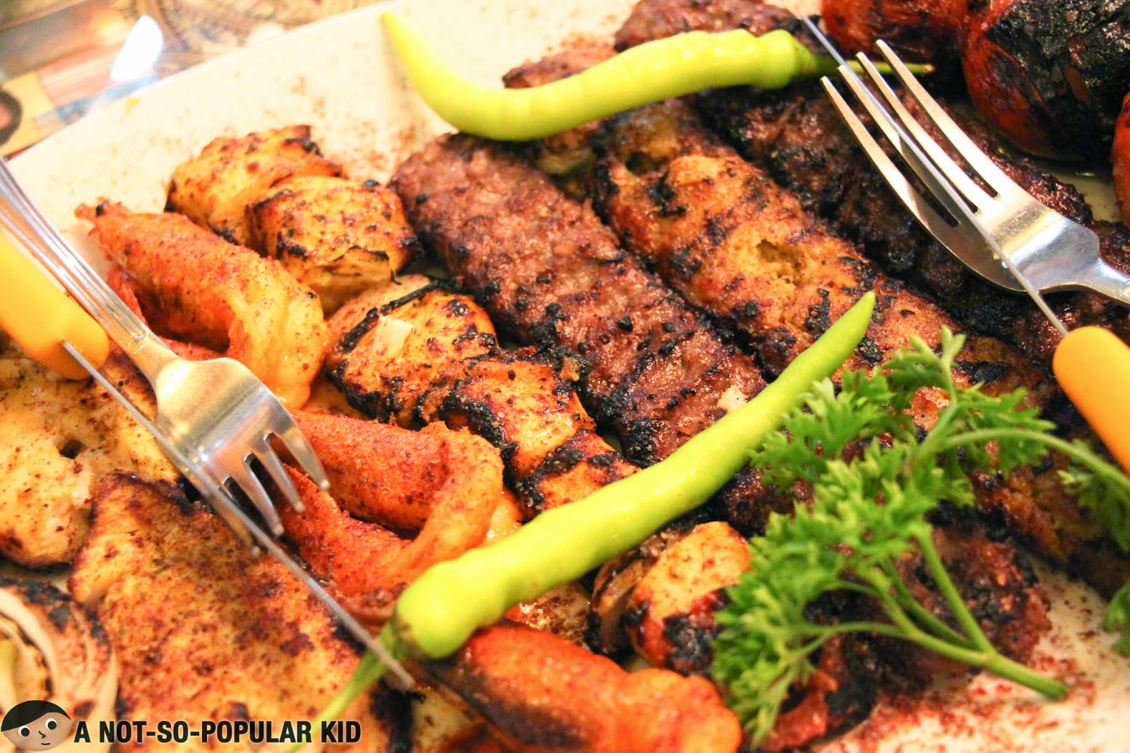 A closer look of the kebabs of the Arya Sini Kamel