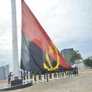 Hino Dos 45 Anos De Independência de Angola