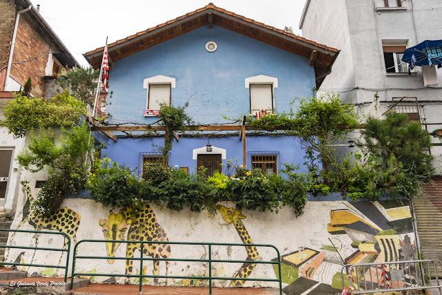 Mural en Camino Peñascal - Bilbao, por El Guisante Verde Project