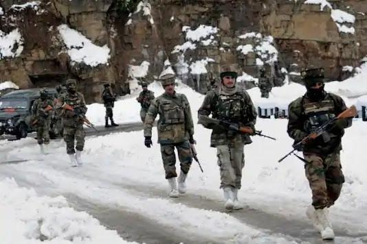 Indian Soldiers under intense winter