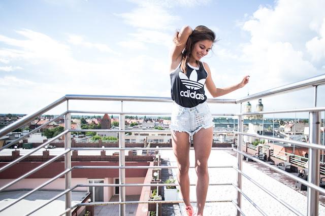 Love Denim Shorts  - Czytaj więcej