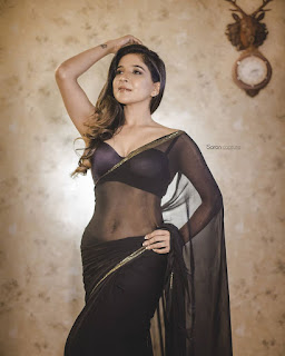 cinderella tamil movie actress sakshi agarwal transparent saree Pictures4