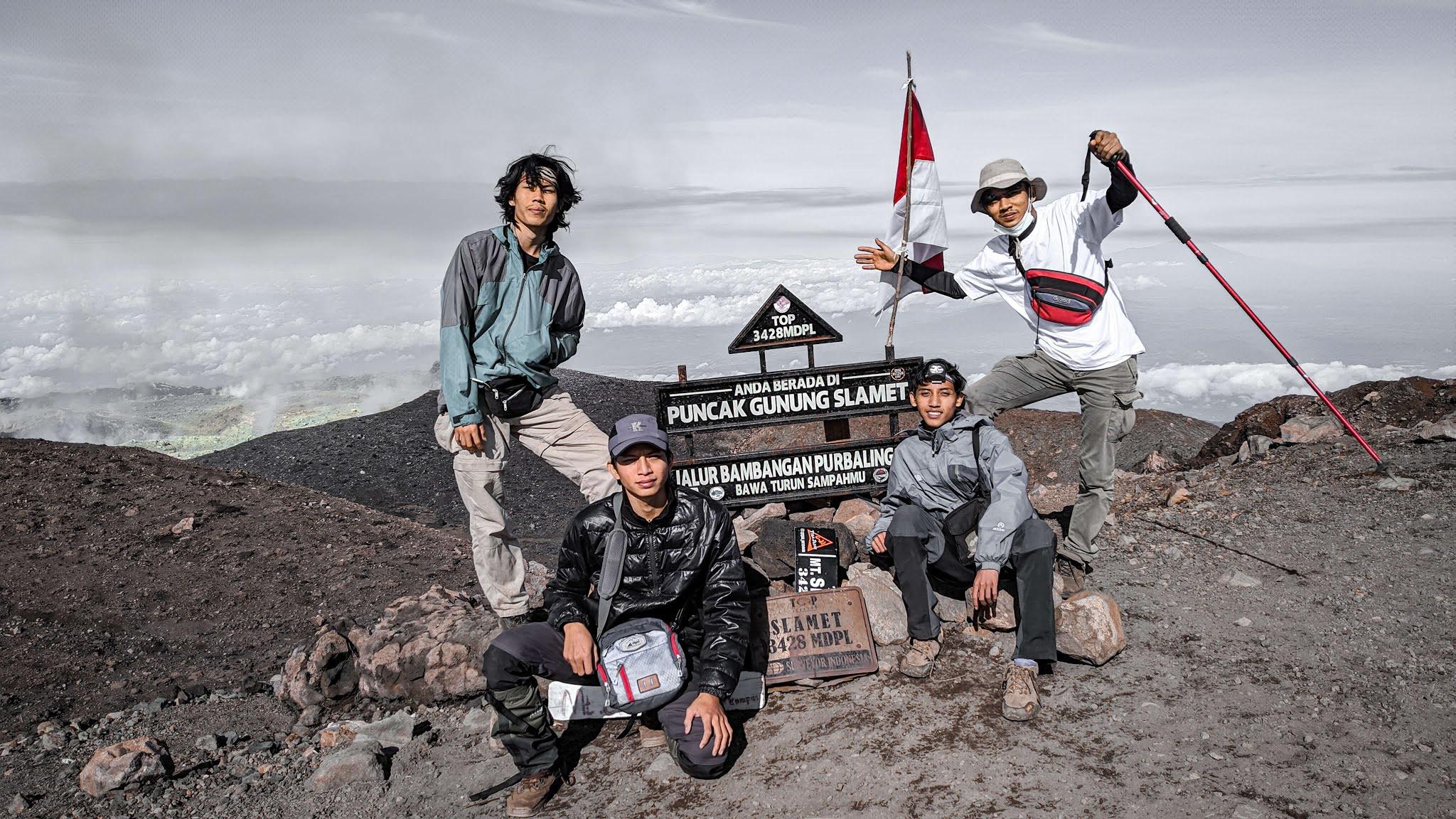 Biaya mendaki gunung slamet 3428mdpl