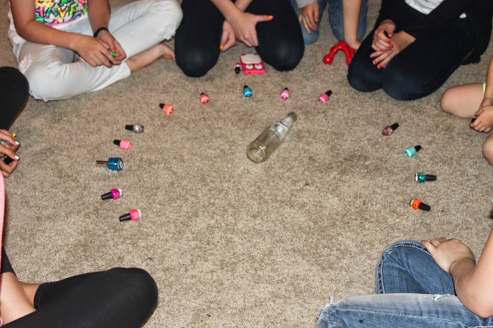 Create It Dabble Pre Teen Sleepover Games-5424