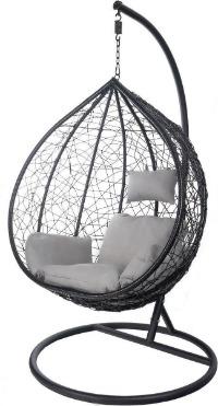 Egg hangstoel buiten en binnen