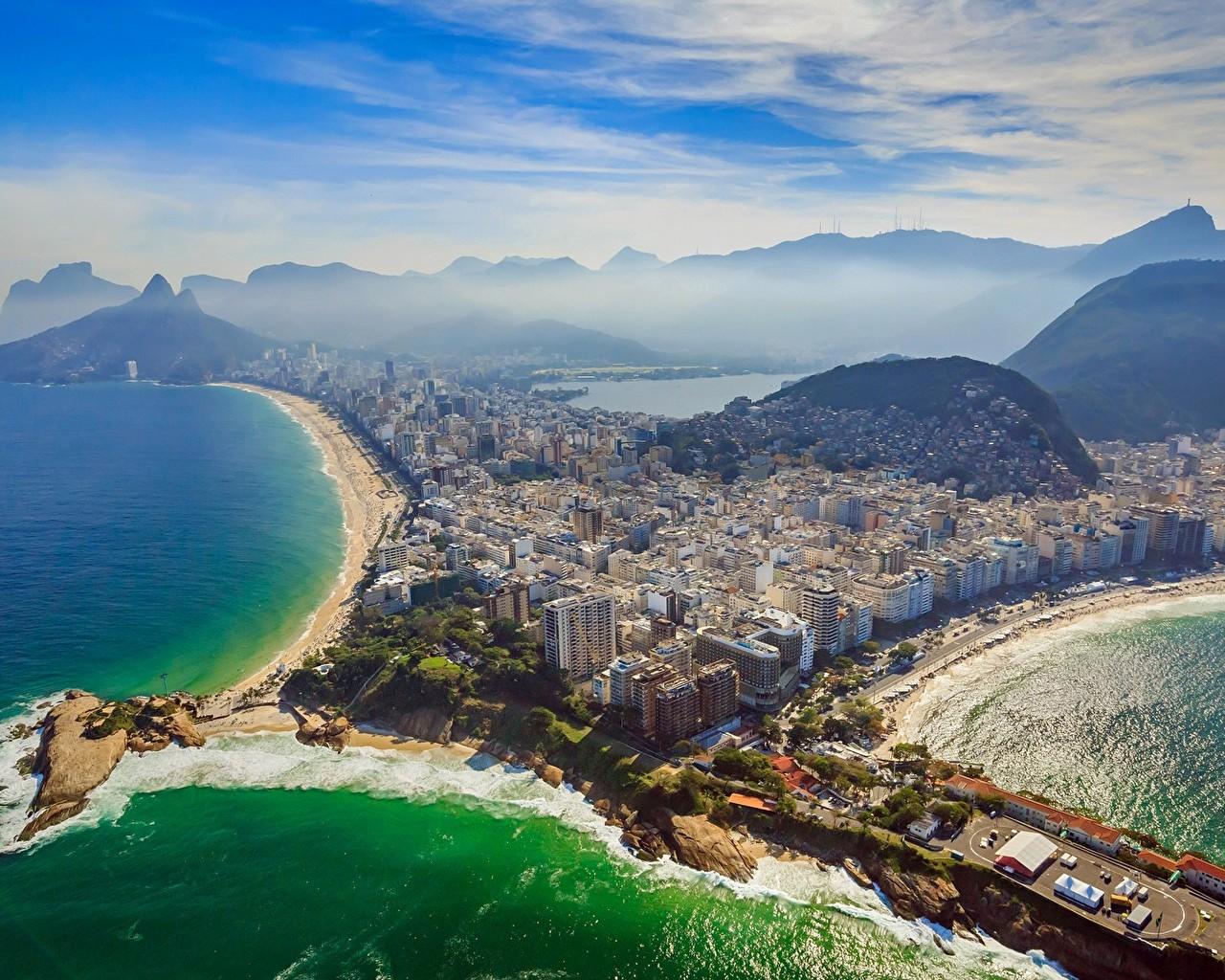 Пляж Ипанема и мыс Арпоадор в Рио де Жанейро