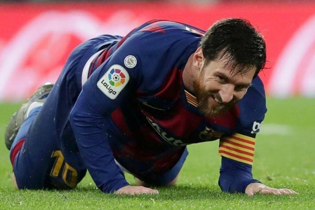 Messi muốn rời Barca: Messi ở lại nhưng khó tái thiết Barca