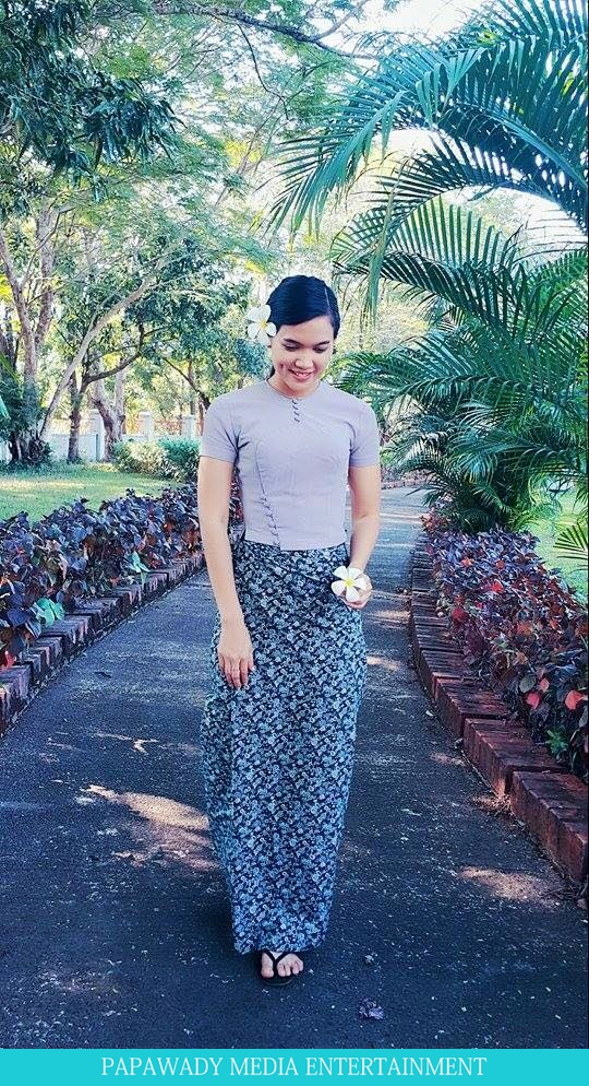 Beautiful Aye Myat Thu in Myanmar Dress
