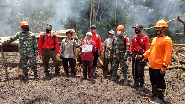 Antisipasi Karhutla Meluas, Koramil Sambas Cek Titik Api di Tebuah Elok